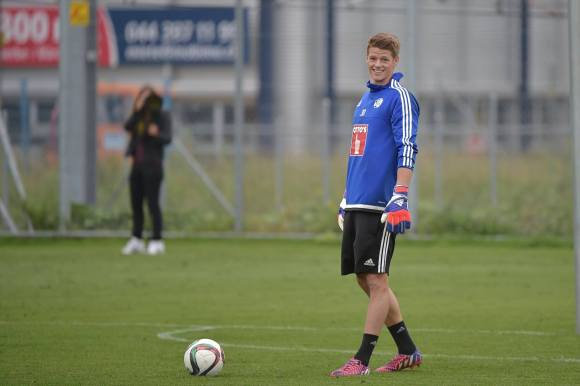 Jonas Omlin beim Trainingsstart zur Saison 2015/2016. Bild (via Facebookseite FCL): Martin Meienberger / meienberger-photo.ch